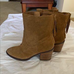 Sam Edelman short boots size 7